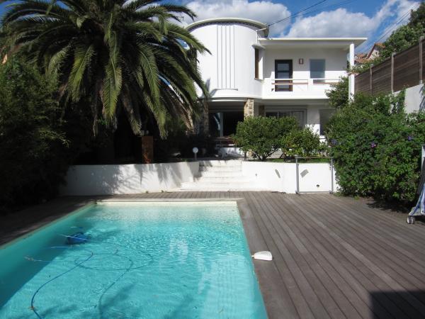 Vente villa contemporaine hy res proche centre avec piscine for Piscine 91700